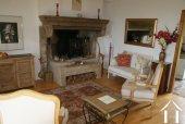 <en>Burgundian fireplace</en>
