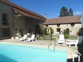 Maison de caractère avec maison d'amis et piscine