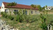 Pavillon entourés de vignes à Marcheseuil