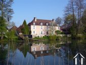 Maison de campagne romantique en bord de rivière