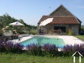 Maison de charme avec piscine, jardin et vue
