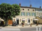 Grande propriété rénovée dans village viticole, près Tournus