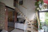 escalier menant au premier dans la véranda