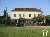Maison de Maitre avec 4 chambres d'hôtes et un gîte