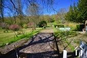 vegetable garden detached by 20 meters