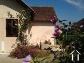 Maison de village rénovée avec grand jardin