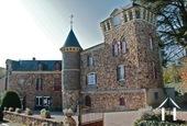 Château du 19e avec appartements et chambres d'hôtes