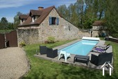 Pool to cottage No 2
