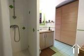 salle de bain attenante à la chambre principale
