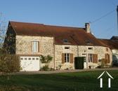 Charmante maison en pierres et joli jardin