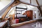Master bedroom (25m2) with en suite bathroom and toilet