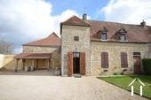Maison de 3 chambres avec grand jardin dans village viticole