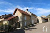 Maison bourguignonne avec vue sur vignes