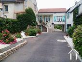 <en>Entrance to property</en>