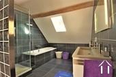élégante salle de bain principale