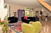 salon spacieux avec chauffage au sol