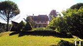 Villa spacieuse avec piscine en bordure du Doubs