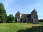 Maison bourgeoise du 16e à rénover, produit rare