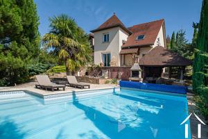 Belle propriété Haute Côtes de Beaune avec piscine